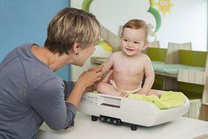 scale nurse baby sitting
