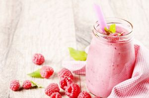 Himbeer-Ananas-Smoothie